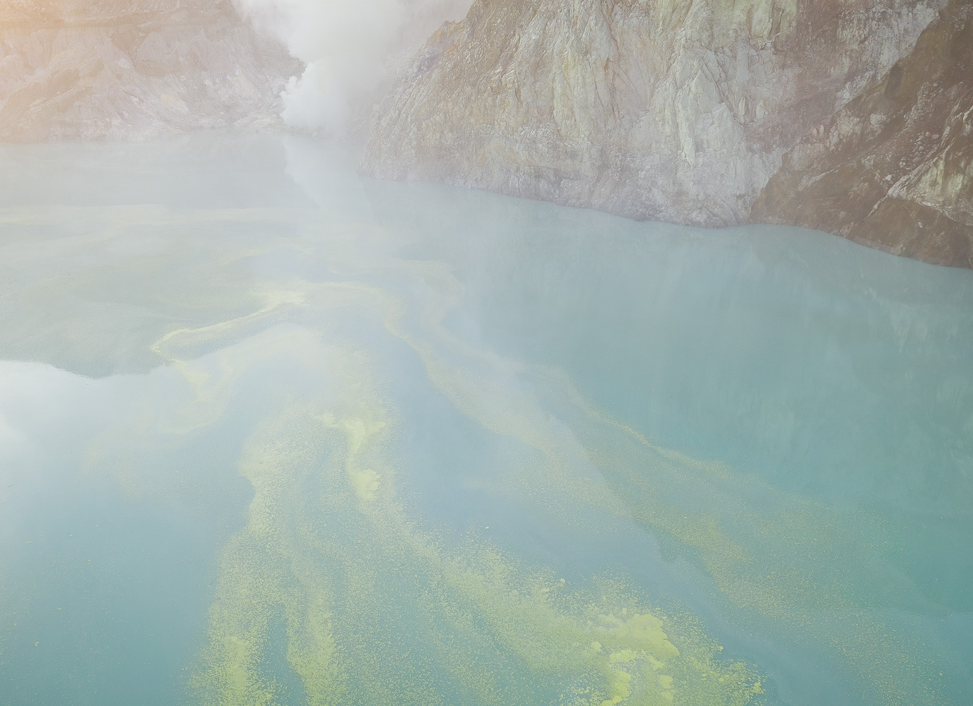 I had some fun trying abstract photography with the drone, as I flew it close to the crater lake. Especially nice was flying the drone through the sulfuric gasses, which create an eerie haze.
