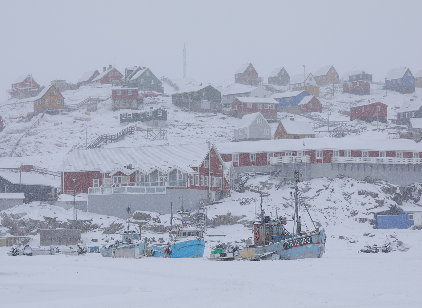 Bleak conditions upon my arrival in Uummannaq