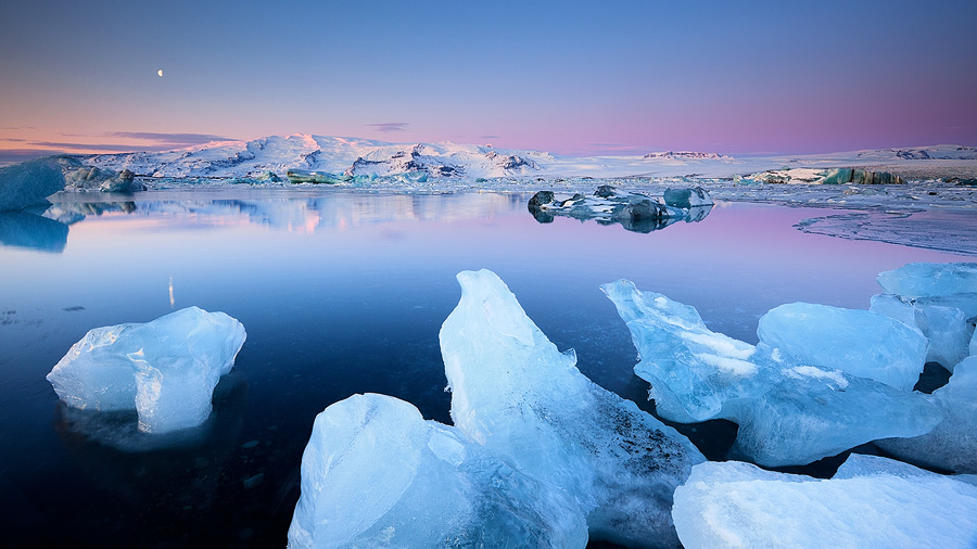 Dawn in the Glacier Lagoon