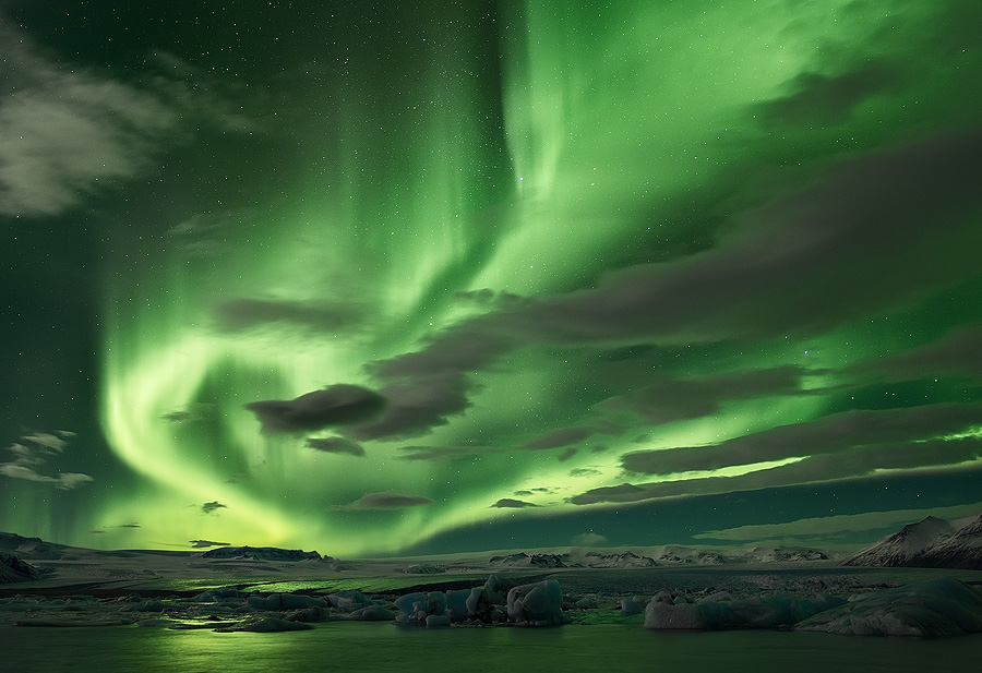 Spectacular Aurora above the Glacier Lagoon